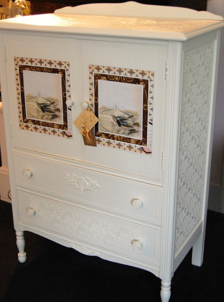 Oh Wow! What a beautiful Dresser!