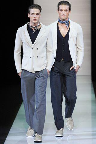 The ascot is making a comeback. Giorgio Armani #spring13 #menswear