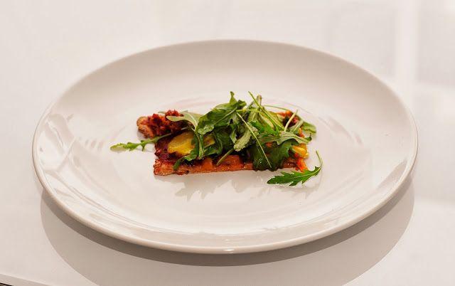 Vegetable Arugula Whole Wheat Pizza with Sundried Tomato Pesto #vegan ...