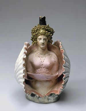 ❥ Aphrodite in a shell, First quarter of the 4th century BC, Attica (?) Clay, polychrome paints, Copyright © State Hermitage Museum