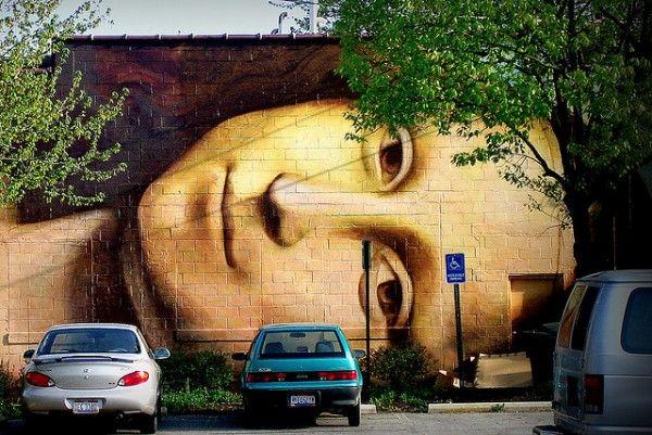 Mona Lisa street art.