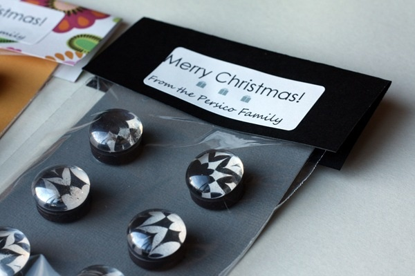DIY Gift Ideas: Pendant Necklaces & Glass Magnets