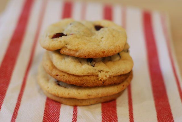 Cranberry Shortbread Cookies Recipe - Momtastic