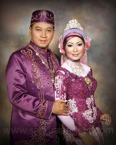 pasangan pengantin | Tata Rias & Busana Pengantin Berjilbab | Pintere ...