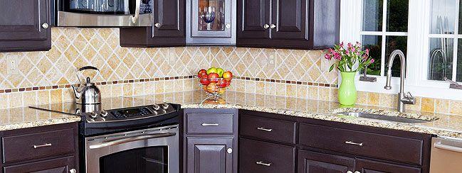 tile backsplash with thin line
