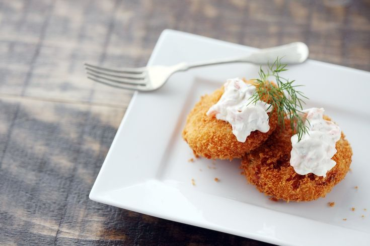 Fish Cakes with Smoked Salmon Mayonnaise | Seafood | Pinterest