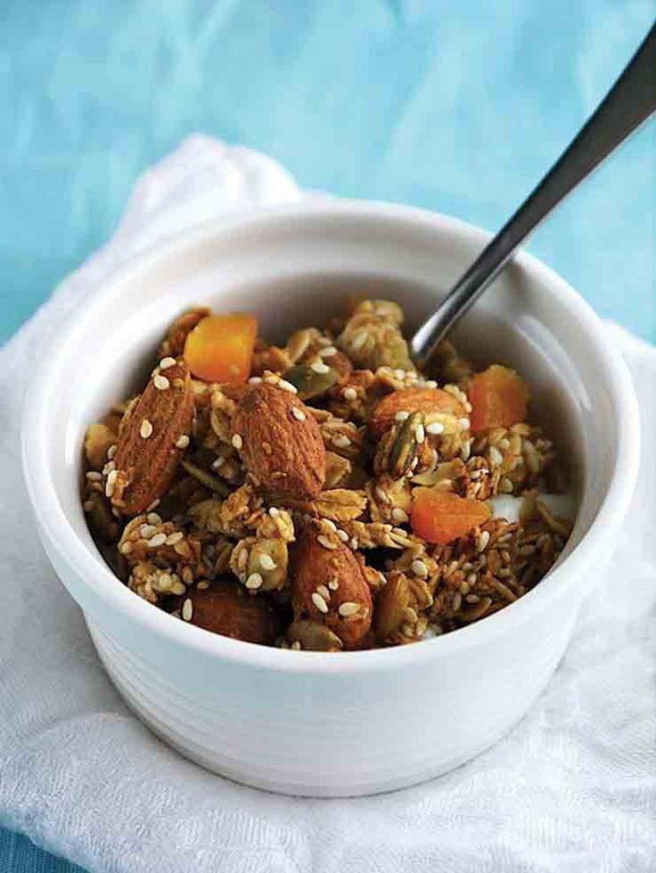 Almond, Apricot & Coconut Granola | Recipe