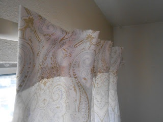 No sew DIY curtains out of bed sheets!