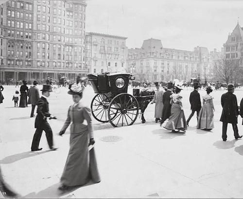5th Avenue and 59th Street, New York City, 1897.