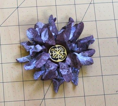 For Scrapping Out Loud: ~ Crumpled Daisy Tutorial ~