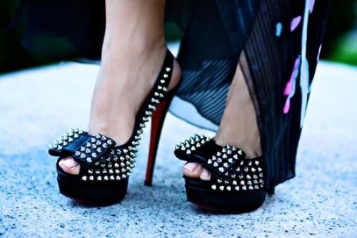 """""""A good shoe is one that doesn't dress you but undresses you. So if a woman is naked, and wearing shoes, she should still look nude.""""   ― Christian Louboutin"""