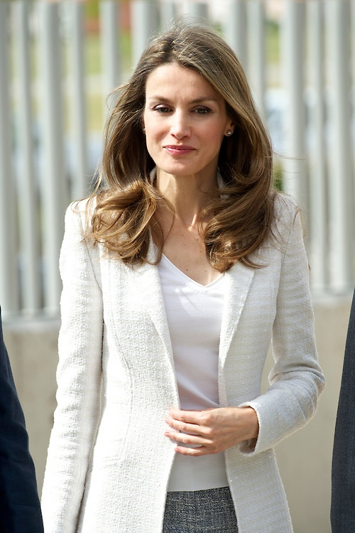 Princess Letizia of Spain attends the opening of the New Building of Aprocor Foundation for inclusion and opportunities for people with intellectual disabilities on May 21, 2013 in Madrid - Letizia in Hugo Boss