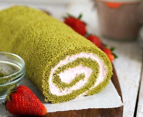 matcha green tea swiss roll | The Sweet Life | Pinterest
