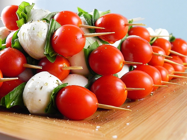 caprese skewers | yum. | Pinterest