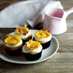 Hummingbird cupcakes topped with lemony cream cheese frosting ...