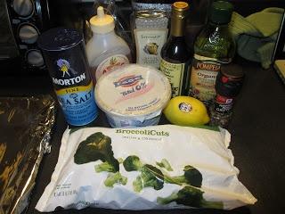 Vivi's Messy Kitchen: Tilapia With Greek Yogurt Sauce