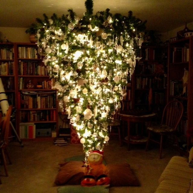 Upside Down Christmas Tree Yes Live By These Words