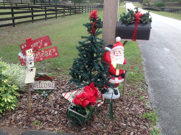 Christmas outdoor decor christmas pinterest for Xmas garden decorations