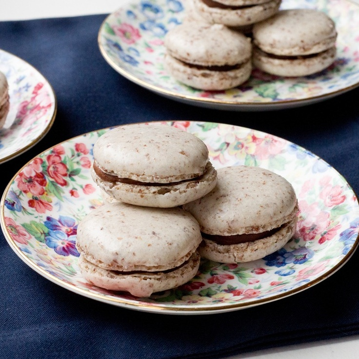 How to Make Macarons, by @Lauren Lilling {Keep it Sweet Desserts}