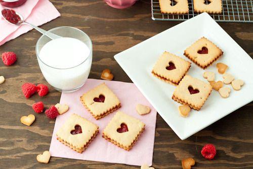 Healthy Valentines Linzer Cookies | Happy Valentine's Day | Pinterest