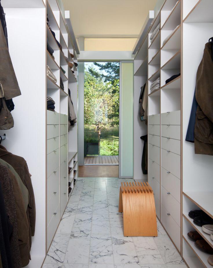 Narrow Walk In Closet Walk In Closets Pinterest