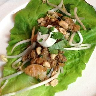 Spicy Korean chicken & shrimp lettuce wraps with coriander yogurt ...