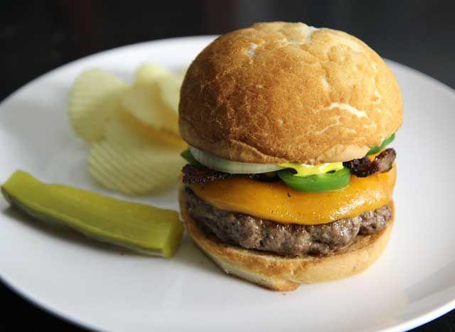 jalapeno-bacon-cheeseburger | Burger Recipes | Pinterest