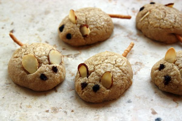 Spiced mice butter cookies