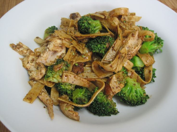 Chicken and broccoli pasta | yummy! | Pinterest