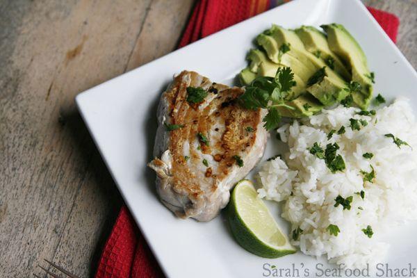 Seared Tuna With Avocado Recipe — Dishmaps