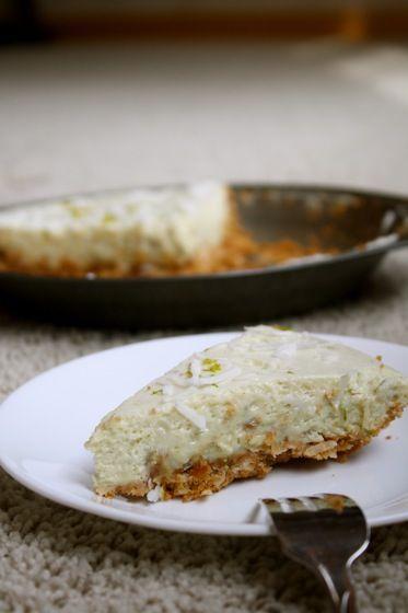 No Bake Avocado Lime Cheesecake :: The Healthy Everythingtarian