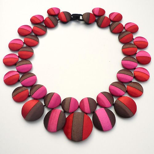 Cécile Bertrand has been creating textile jewelry since 2005