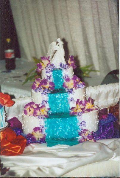 wedding cake waterfall