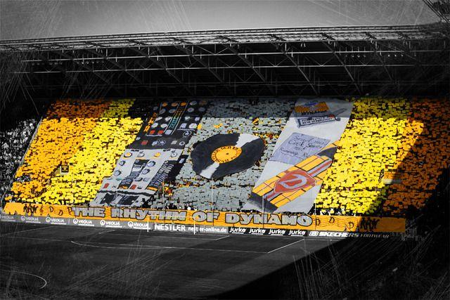 Graderías Dynamo Dresden.   Fans, Supporters, hinchadas, en todas sus ...