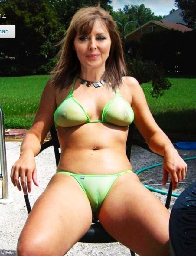 Sexy mature Dyanna Lauren showing her wet cameltoe is sheer bikini bottoms № 528897  скачать