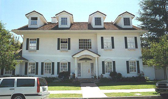 Pin by casa viva on casas de pel cula pinterest - Decoracion casas americanas ...