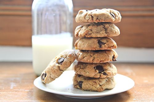 Chunky Chewy Whole Grain Toffee Chocolate Chip Oatmeal Cookies Recipe