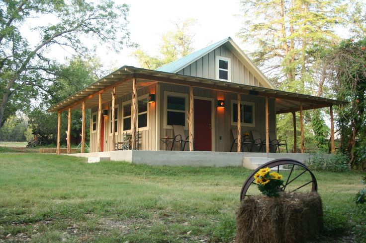 Country cabin home exteriors pinterest for Texas hill country cabin builders
