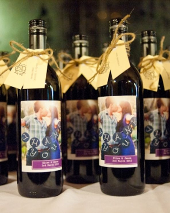 love the engagement photo wine bottle wedding favors