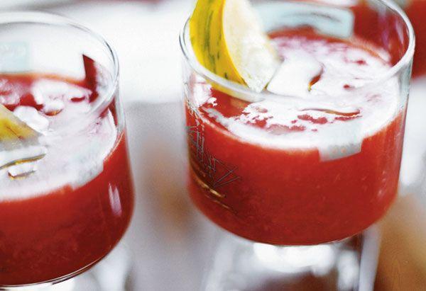 Heirloom Tomato Gazpacho Recipe A no-cook gazpacho makes party ...