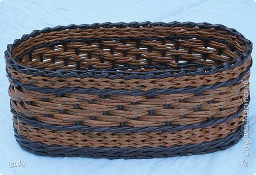 Плетение овальной корзины из трубочек