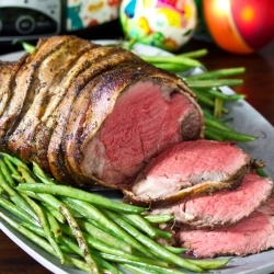 Crock-Pot Beef Tenderloin with Balsamic Glaze {recipe}