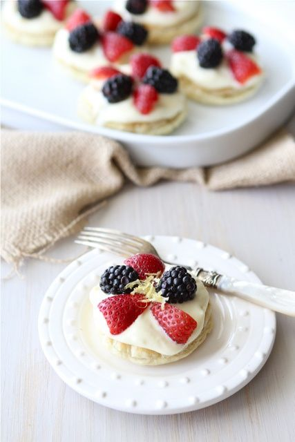 puff pastry dessert rounds with lemon mascarpone amp fresh berries ...