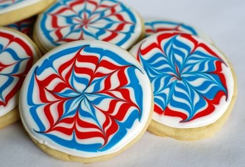 Fireworks cookies: How to...This website is full of cookie decorating ...