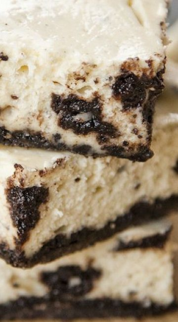 Oreo Cheesecake Bars Recipe ~ the perfect hybrid of cheesecake and ...