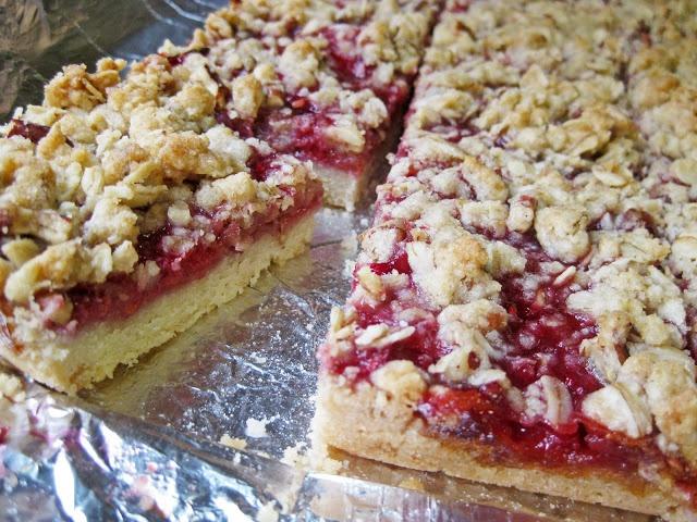 Raspberry Streusel Bars | Yummy!!! | Pinterest