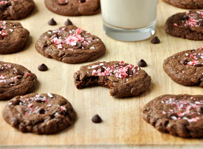 Chocolate Peppermint Cookies / good use for all my leftover candy ...