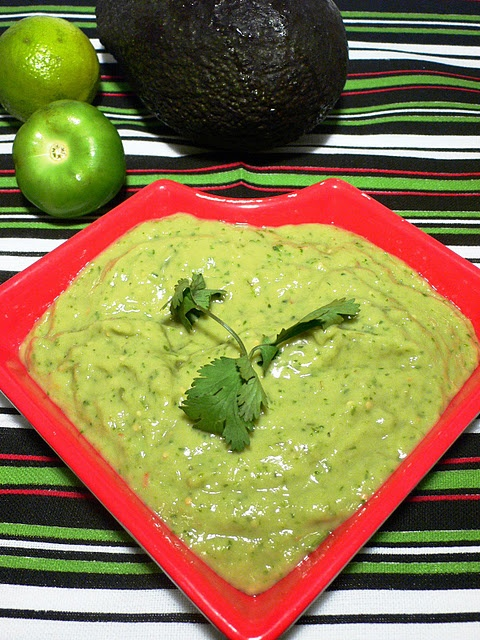 Guacamole taquero...made with avocados and tomatillos...will keep ...