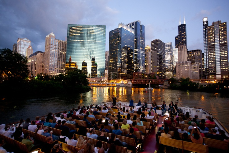 Chicago architecture tour by boat chicago39s top spots for Architecture tour chicago boat