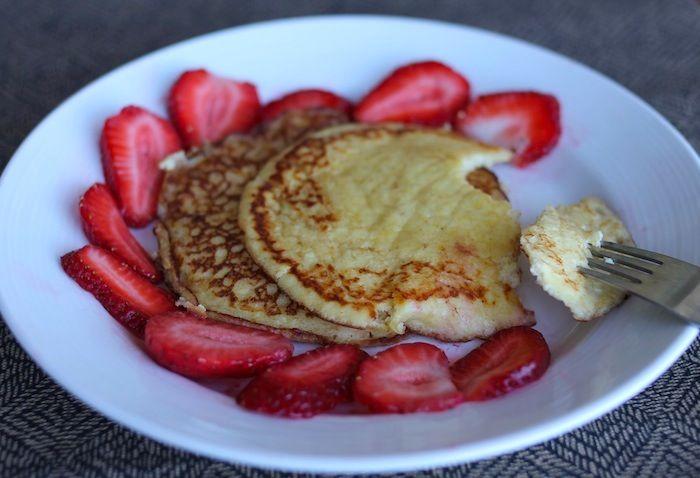 lemon ricotta pancakes with strawberries | Yum Yummm- Recipies | Pint ...